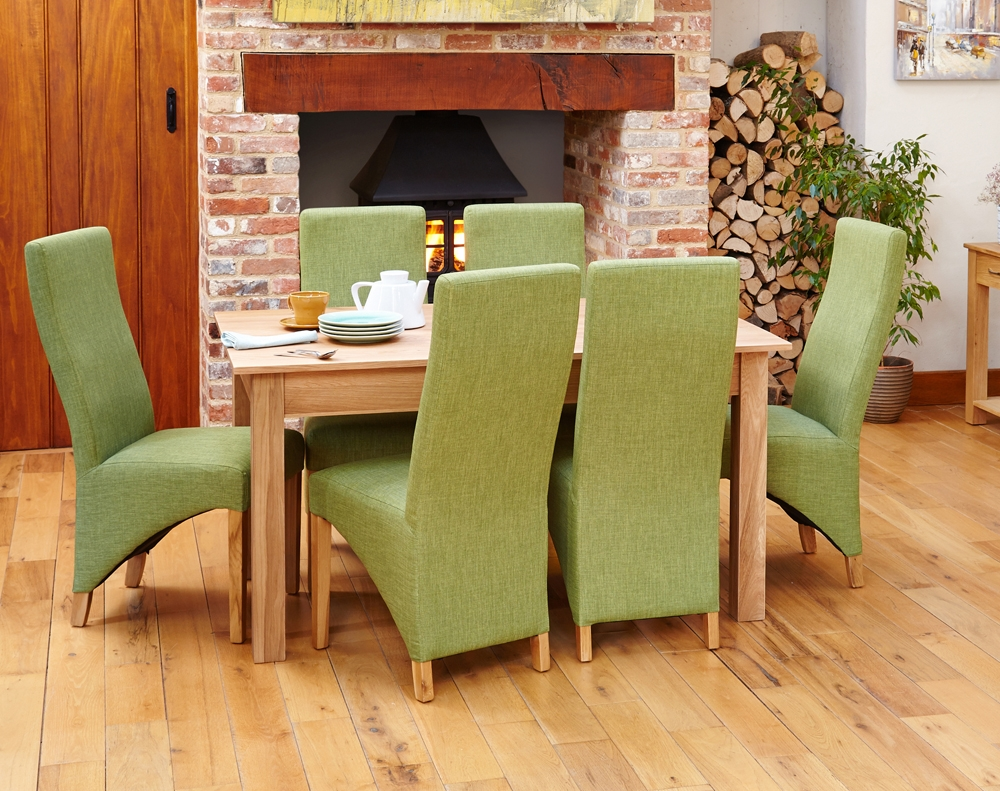 Mobel Oak Dining Table (4/6 Seater)